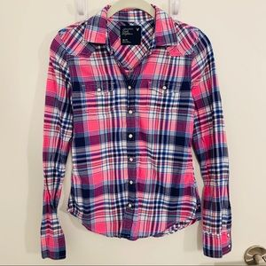 American Eagle Plaid Button-Up Shirt - Size XS
